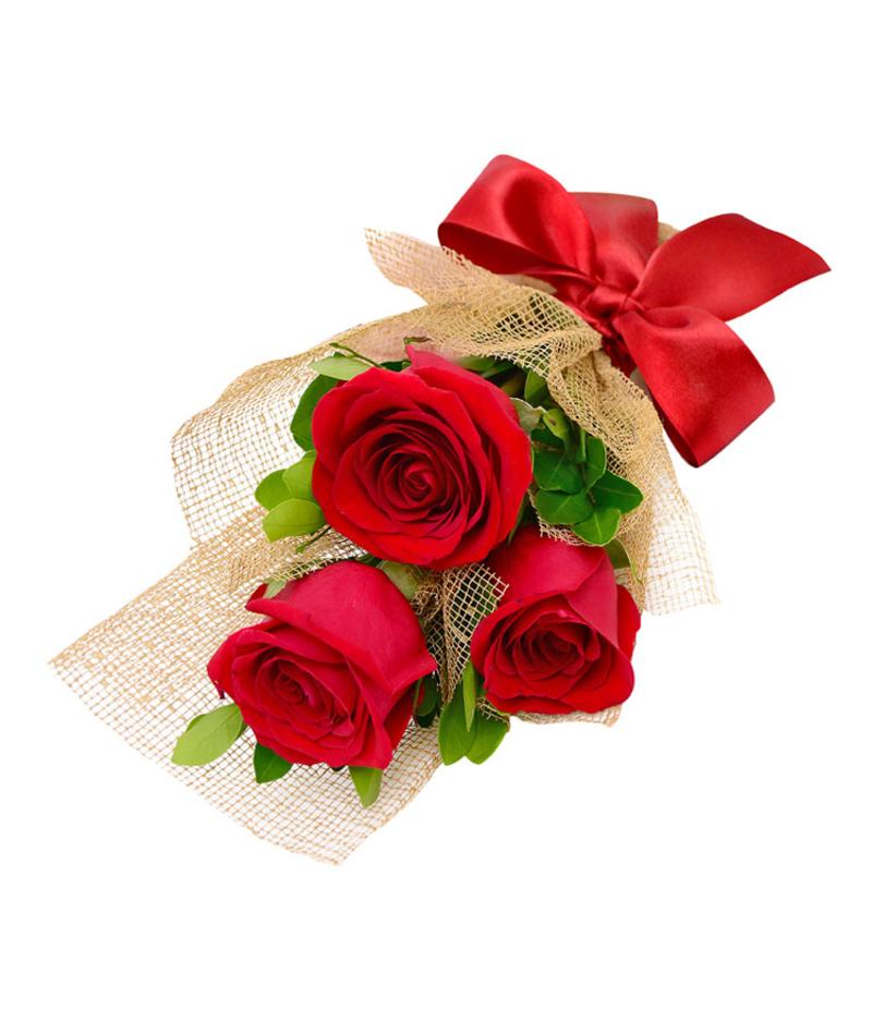 Букет из  3 роз с рускусом